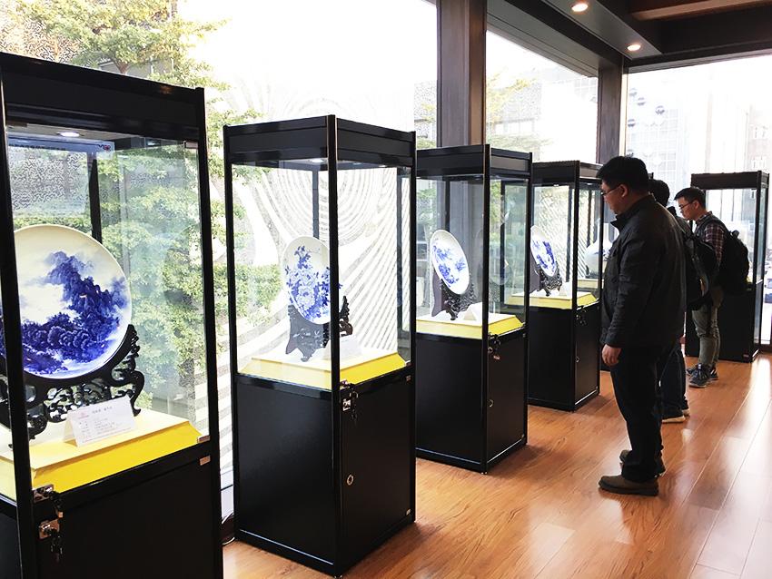 基准设计机构(佛山)的设计师参观南粤书画院1.jpg