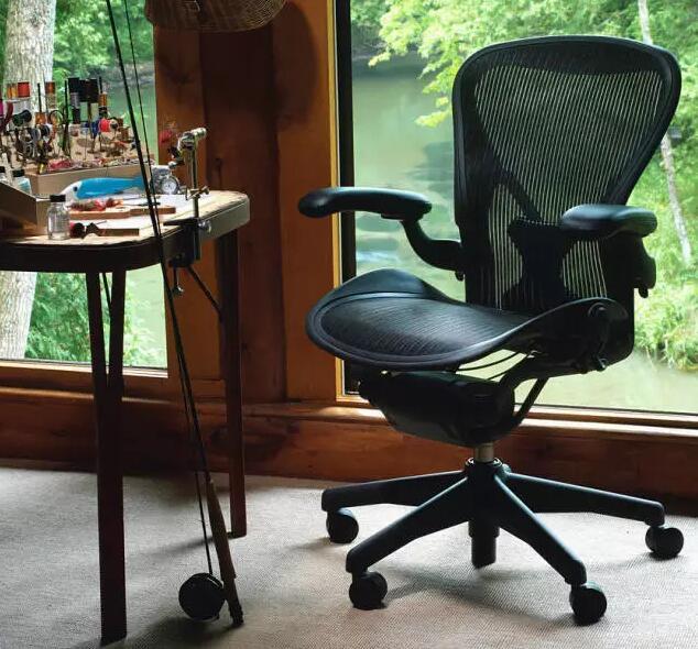 最舒服的办公椅.jpg
